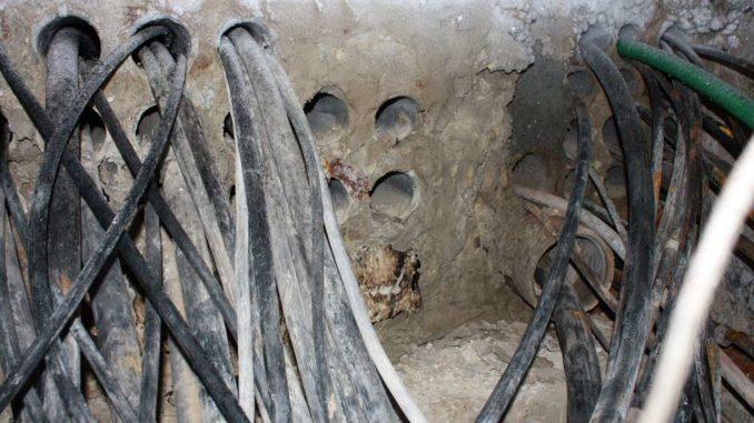 железобетонные колодцы можно провода