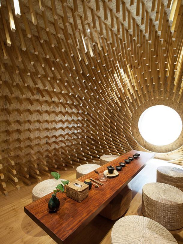 Чайный дом из 999 деревянных палочек в Китае