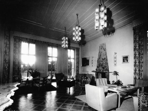 Историческое фото виллы Борсани— завосемьдесят лет интерьер практически неизменился.