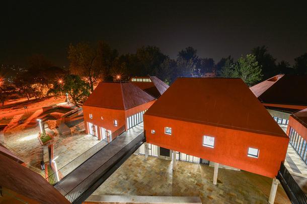 Факультет архитектуры и экологического дизайна в Кигали