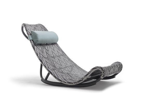 Кресло-качалка Zoey, Keneth Cobonpue.