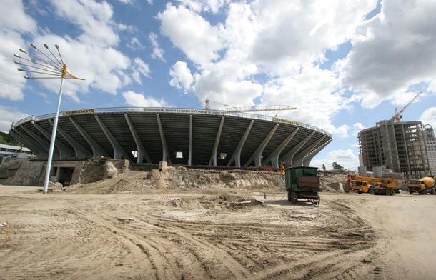 Олимпийский стадион в Киеве, 2009 год.