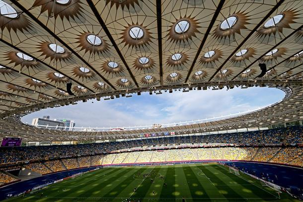 Олимпийский стадион в Киеве, 2012 год.
