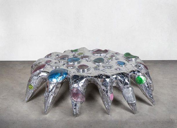 Китч-мебель от Миши Кана на выставке дизайна Nomad