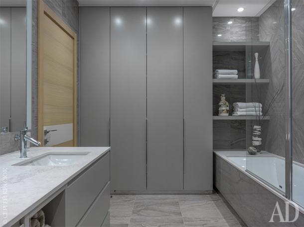 Ванная комната. Вазы Алены Мухиной, Lappartament и Savour Design.