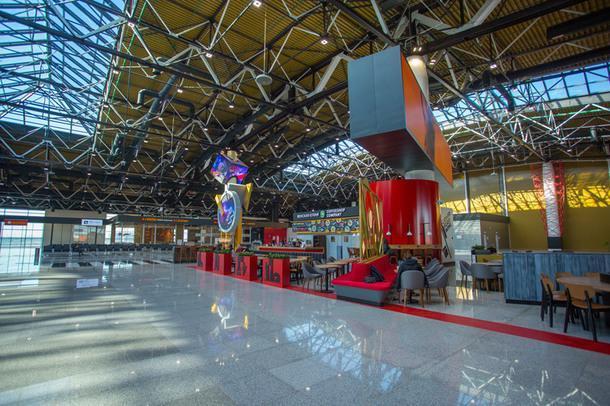 В Шереметьево открылся новый Терминал в стиле русского конструктивизма
