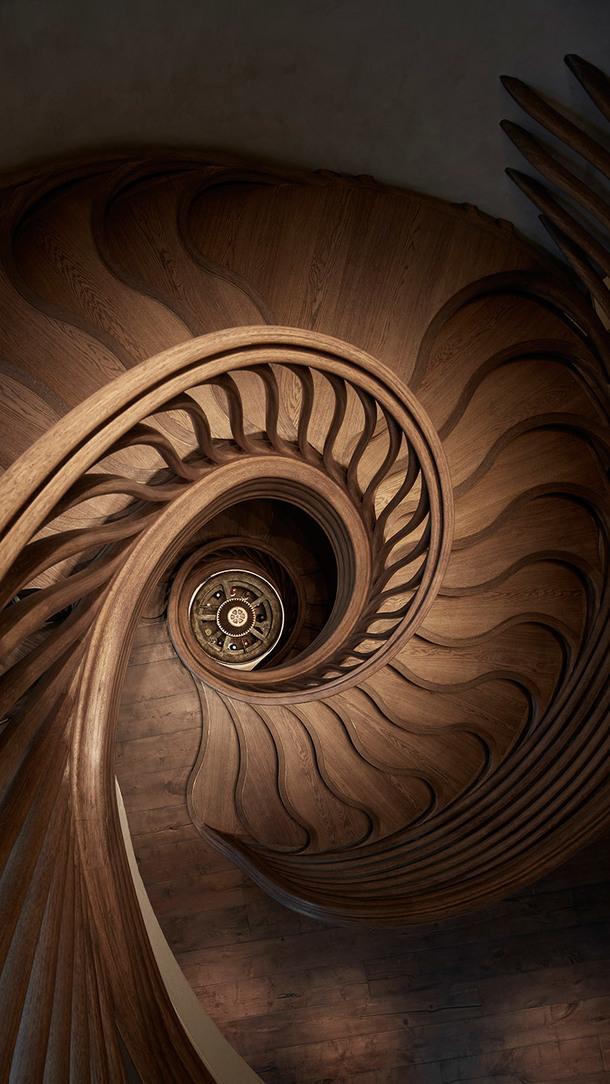 """""""Деревянный"""" ресторан с впечатляющей лестницей в Лондоне"""