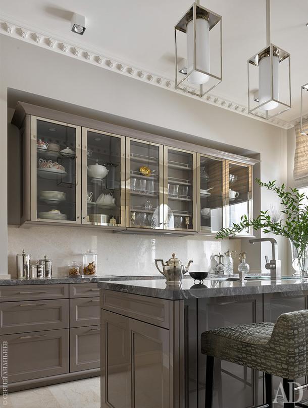 Кухня, вид из зоны прихожей. Покраска стен, Argile, Manders.