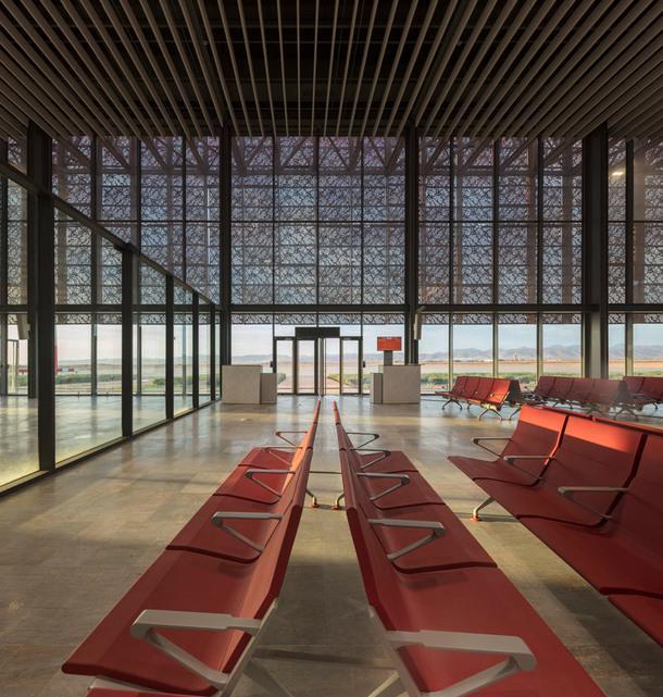 Новый аэропорт Гельмим в Марокко
