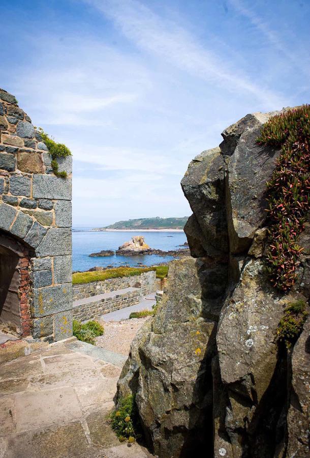 #отпускпообмену: форт на Нормандских островах