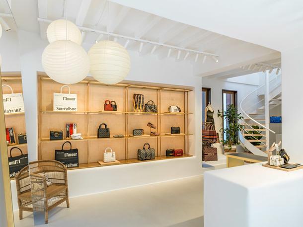 Поп-ап бутик Dior на острове Миконос