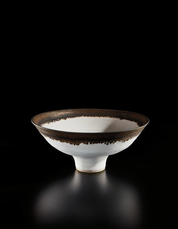 Lucie Rie, Footed Bowl.