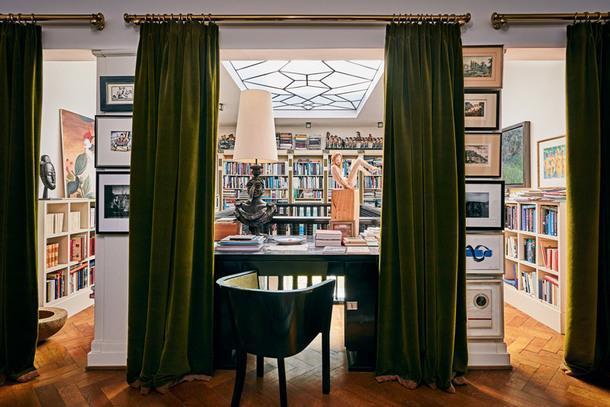 Роскошная вилла Карла Лагерфельда выставлена на продажу