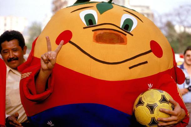 Талисманы чемпионатов мира по футболу: история в фотографиях