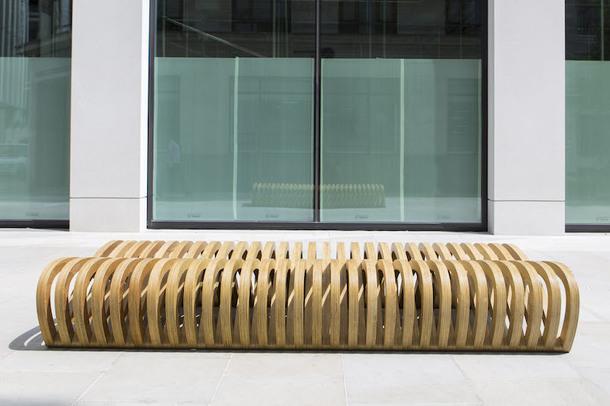 9 необычных скамеек от молодых дизайнеров в Лондоне