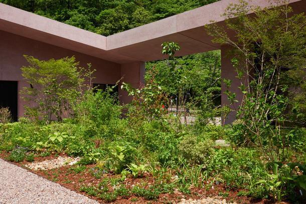 Часовня на кладбище Инагава по проекту Дэвида Чипперфилда