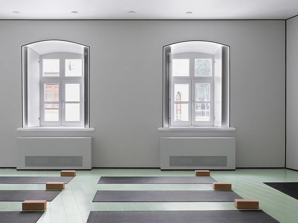 Необычная йога-студия в Москве по проекту Crosby Studios