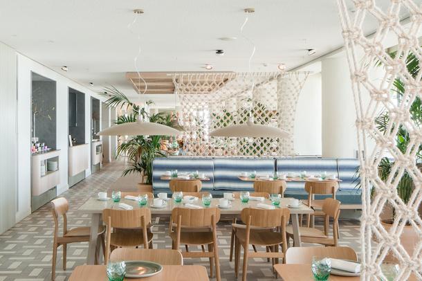 Новый образ отеля в Ситжесе
