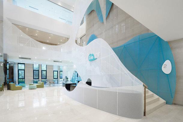 Офисное здание по проекту Wutopia Lab