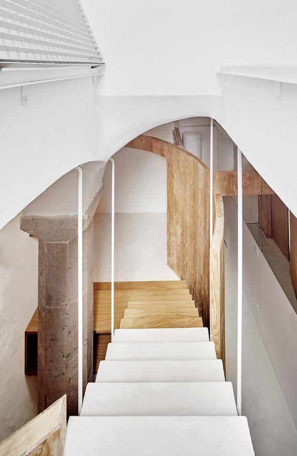 Подземные апартаменты в Барселоне