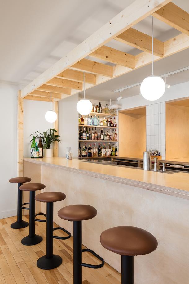 Винтаж и минимализм: изящное японское кафе в Квебеке