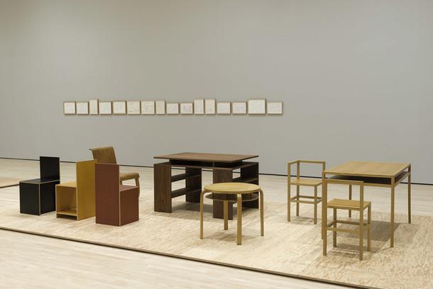 """Выставка """"Особая мебель"""" Дональда Джадда в музее Сан-Франциско"""