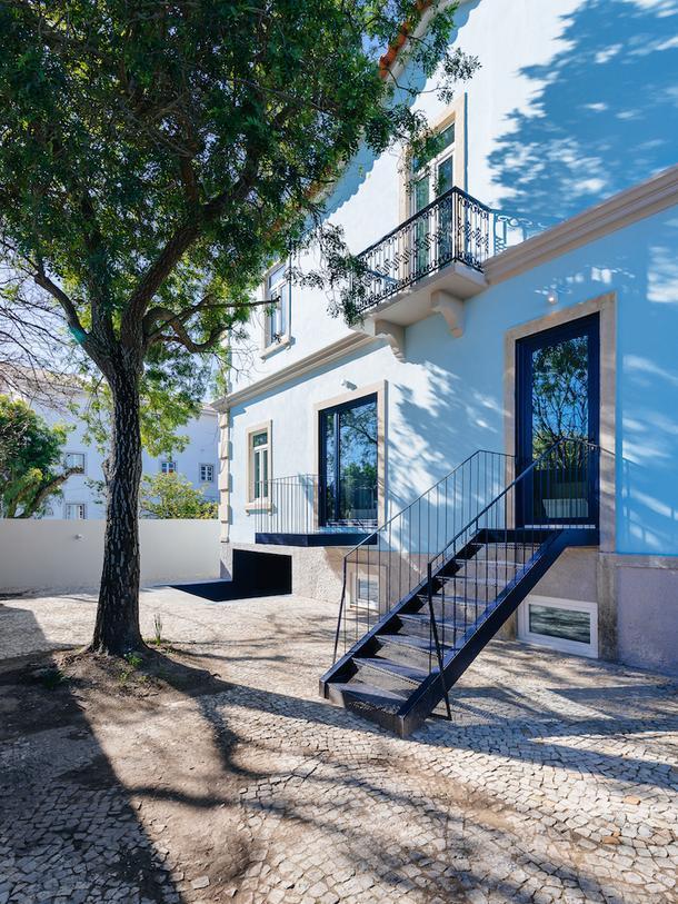 Хостел с яркими акцентами в Португалии