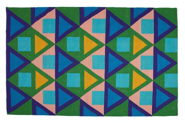 Яркие ковры из переработанного пластика