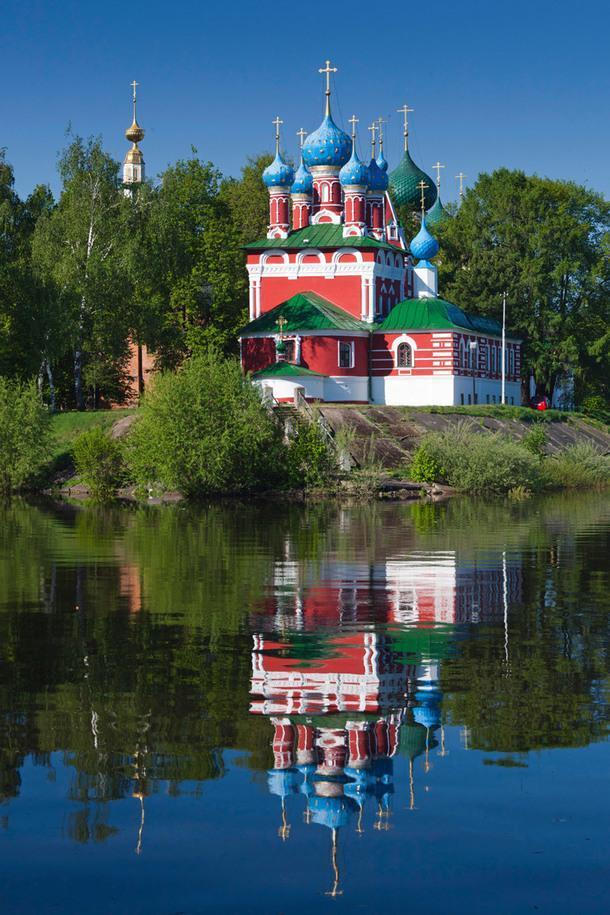 Угличский кремль, церковь Царевича Димитрия на Крови.