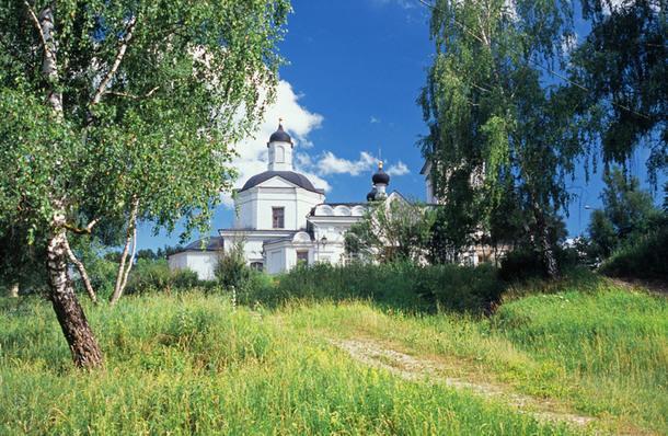 Православная церковь. Таруса.
