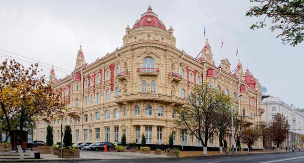 Здание городской думы, 1899. Архитектор А. Померанцев.