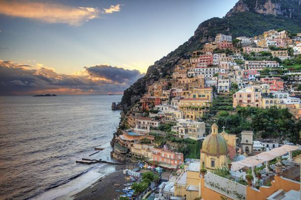 Где отдохнуть: 12 живописных приморских городов в Италии