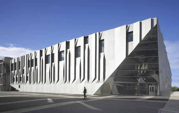 Концертный комплекс во Франции.