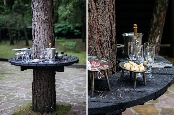 Столик для шампанского.