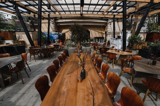 Веранды в Москве: 5 самых модных мест этого лета