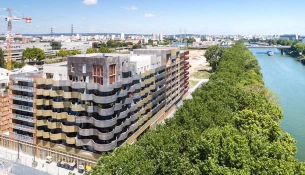 Волнистый дом во Франции