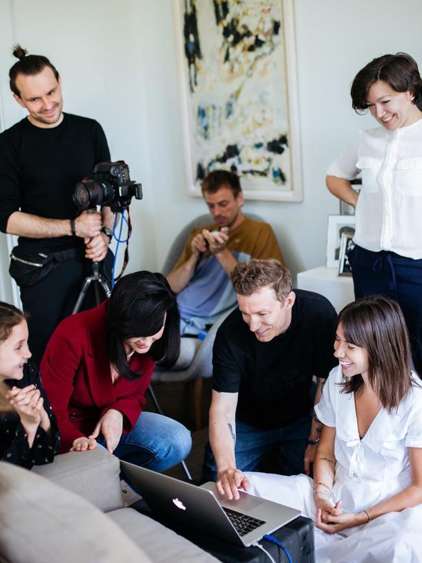 Бэкстейдж: как мы снимали обложку октябрьского номера AD