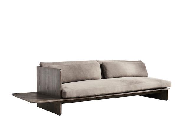 Less is more: минималистичные диваны из натуральных материалов