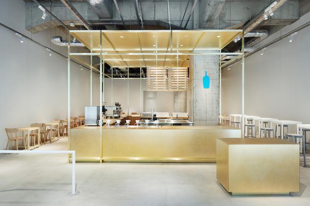 Минималистичная кофейня в Японии