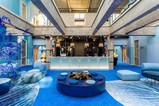 Отель с испанским колоритом в Роттердаме