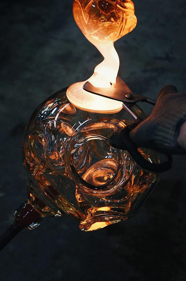 Производство светильника в GLASSBURG.