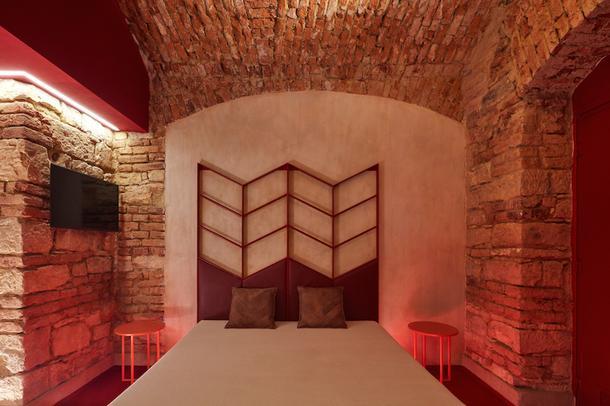 """Таинственный """"отель на час"""" в Праге"""