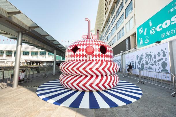 Яркая инсталляция Хайме Айона в Гонконге